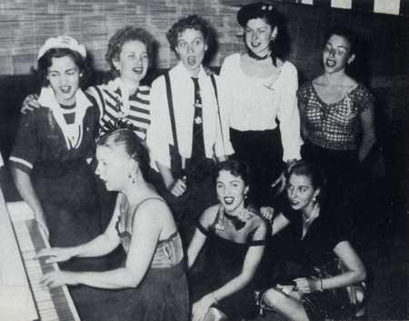 Delta Gamma 1953